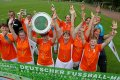Jubel des Team Berlin über den Sieg im Frauen-Turnier.
